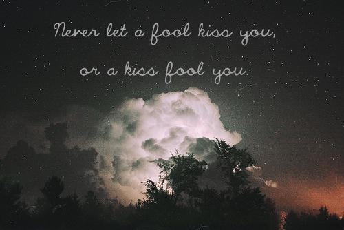 fool-kiss